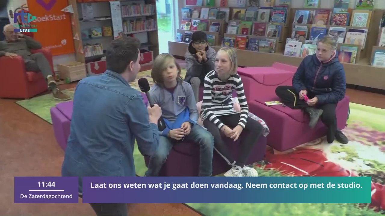 Menno bezoekt bibliotheek Beemster tijdens de Kinderboekenweek